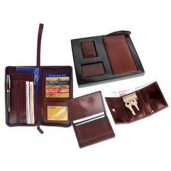 Набор: портмоне путешественника, футляр для личных в/карт, ключница
