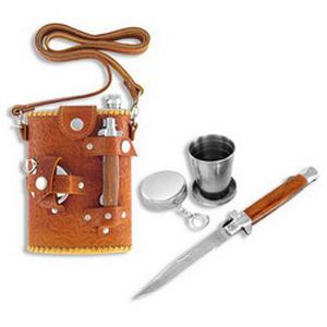 Фляга с ножом и складным стаканчиком на карабине