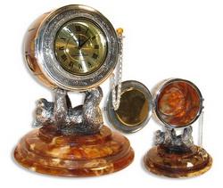Часы-шкатулка Медведь