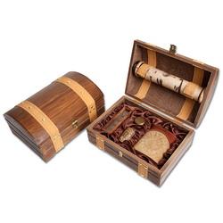 Набор Путешественник в деревянном сундучке